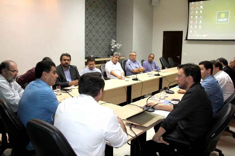 Prefeito e Conselho Estadual do Mercado Imobiliário dialogam sobre avanços para Cuiabá